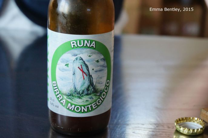 Runa. Montegioco. Bottle shot.