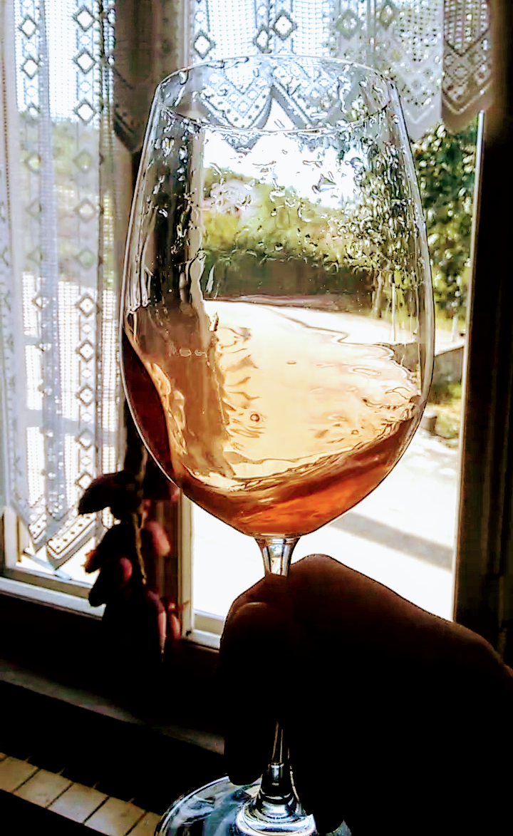 "A Rebuttal of ""Pink"" Rosé Wine"